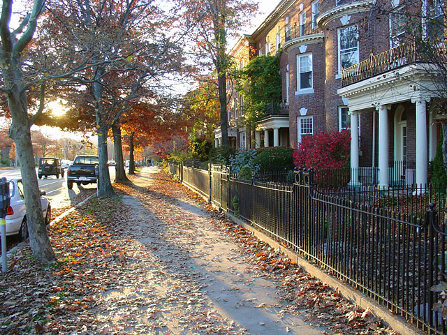 Find homes for sale and real estate in Brookline, MA at manakamanamobilecenter.tk®. Search and filter Brookline homes by price, beds, baths and property type.